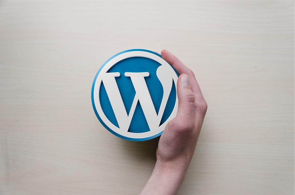 Как заработать на создании логотипа