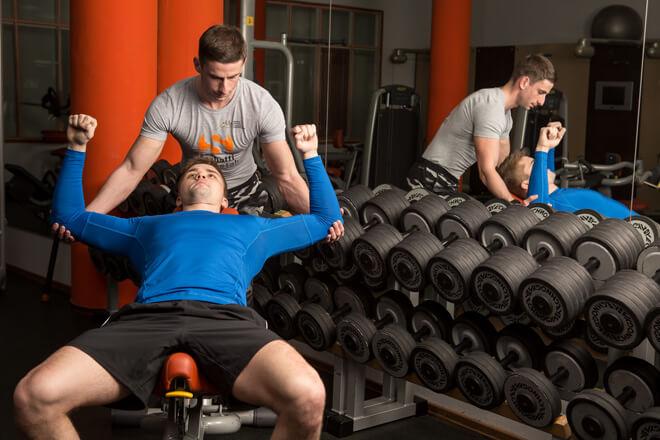 Помощь фитнес-тренера